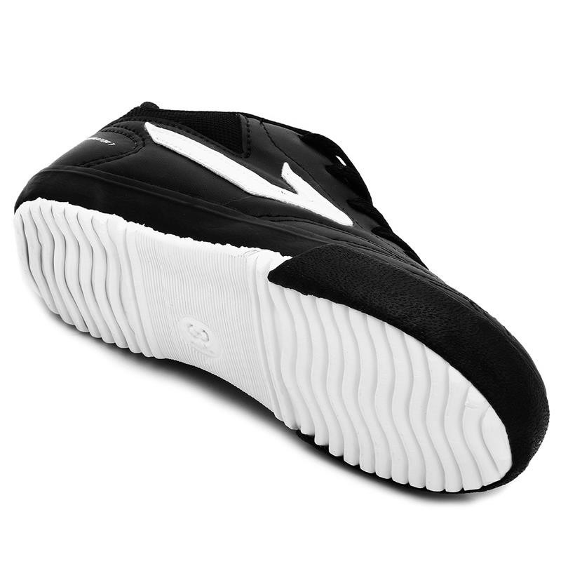 ... chuteira tênis futsal topper dominator preto   branco. Carregando zoom. fe2326074f6b3
