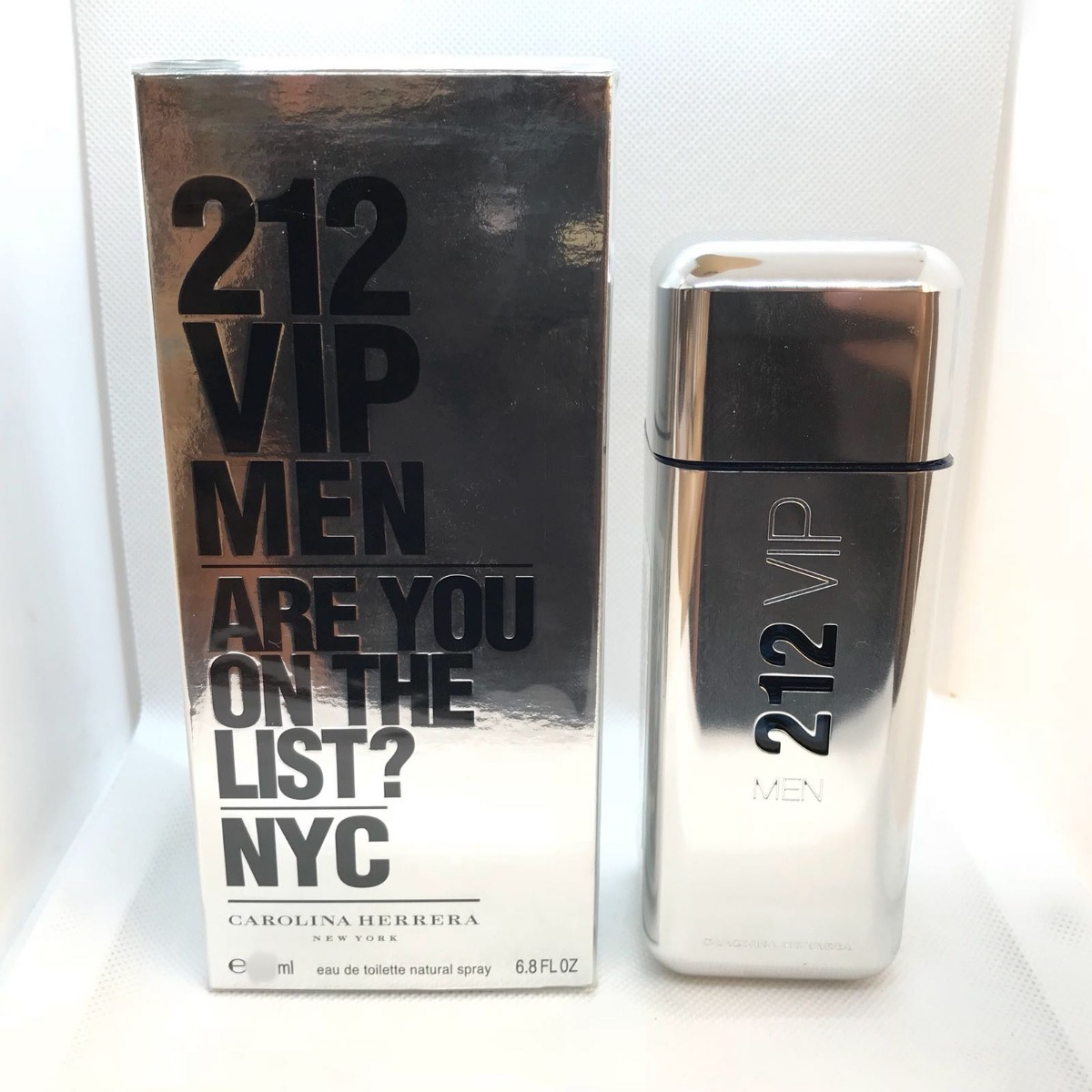 408e5749c 212 vip men carolina herrera masculino eau de toilette 100ml. Carregando  zoom.