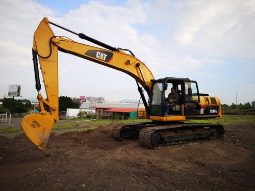 22) excavadora caterpillar 320dl 2008