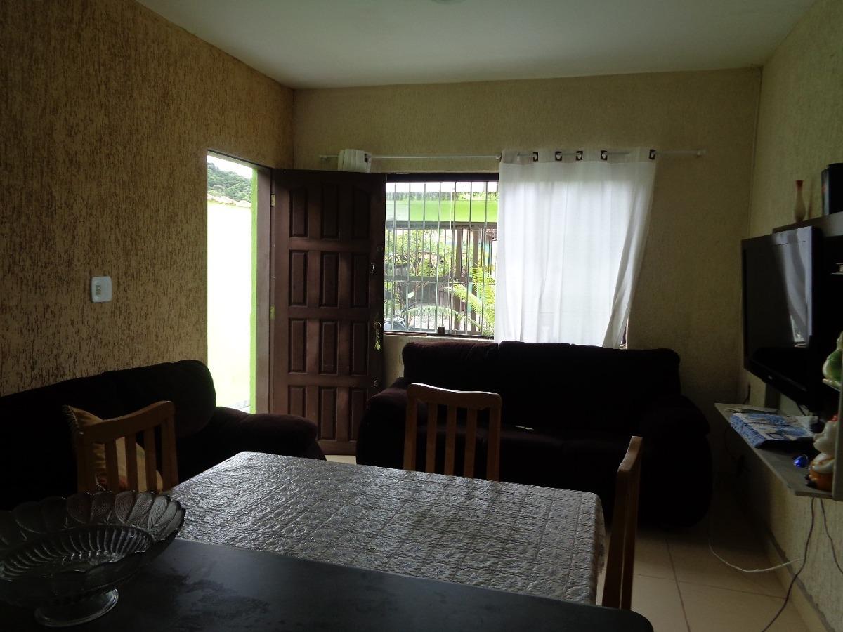 2205- linda casa com ótimo espaço interno,  agende já