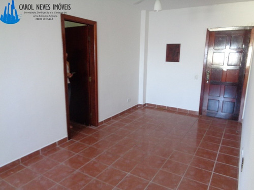 2220- apartamento, 1 dormitório em frente ao mar!
