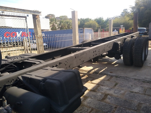 23-220 ano 2002 no chassis