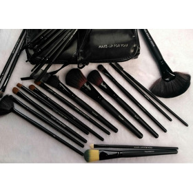 24 Brochas Profesionales Make Up For You