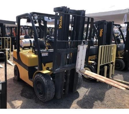 24) montacargas yale 5750 lbs. 2013