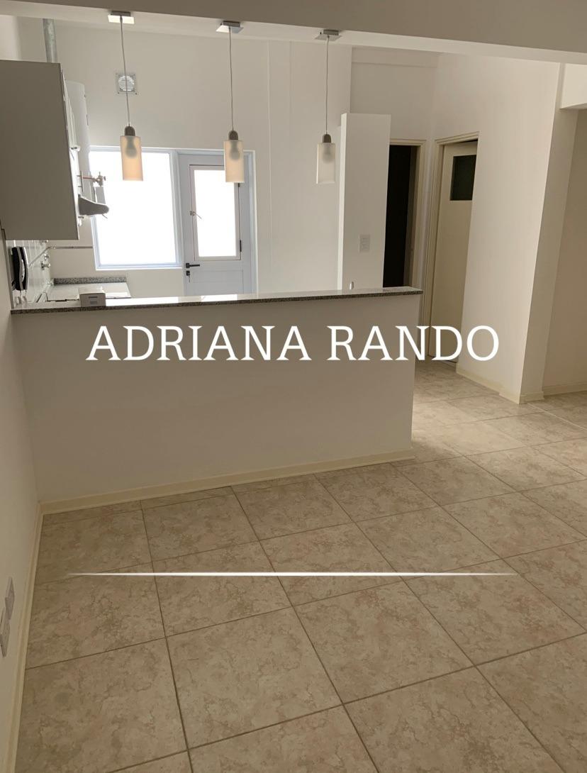 240 ph  de 3 ambientes con 2 baños + patio / balcon