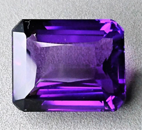 24.25 ct amatista lila octagon 19.29x15.64x10.63mm piscis