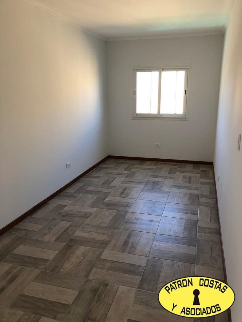 2456ro-casa haras santa maria 300m2  las lomas