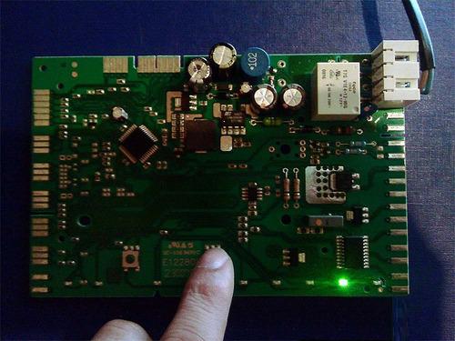 25 años en reparación de tarjetas electrónicas industrial.