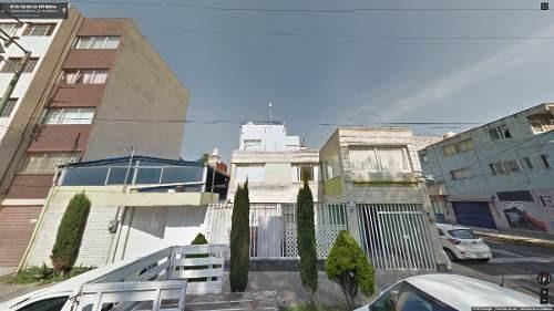 25% de descuento en esta hermosa casa de 3 niveles, urge!!