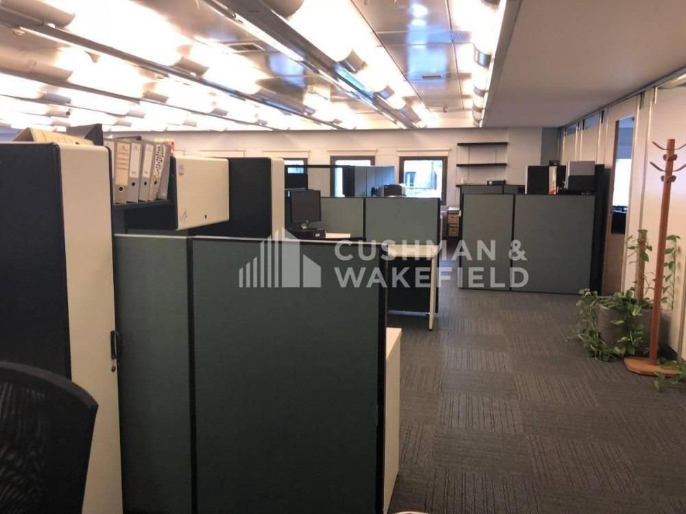 25 de mayo 140 | oficina en block en venta