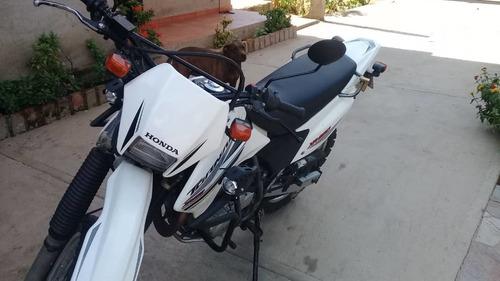 250 honda moto
