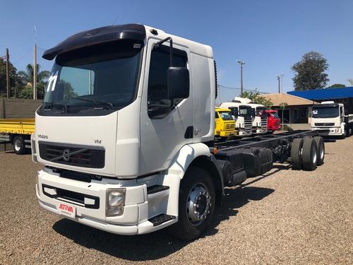 260 caminhões volvo