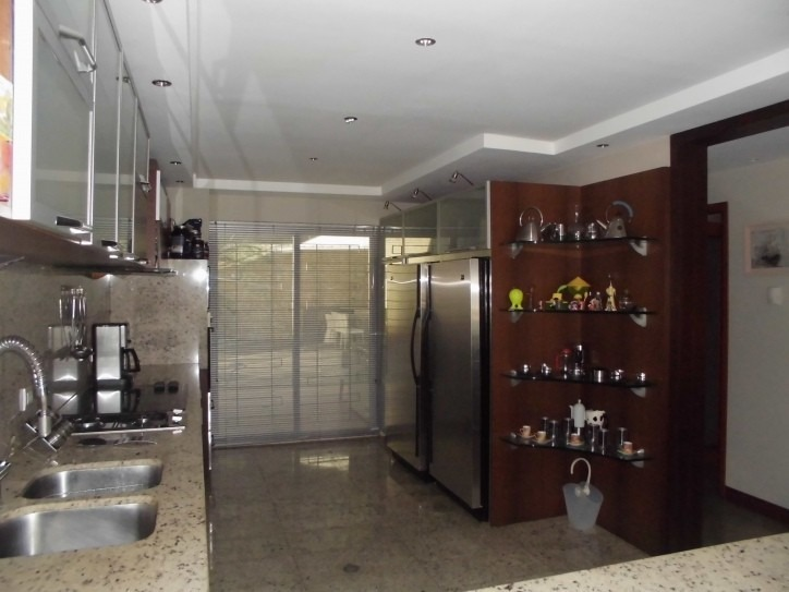 295 m2. casa en venta en vistalago altos de guataparo. wc