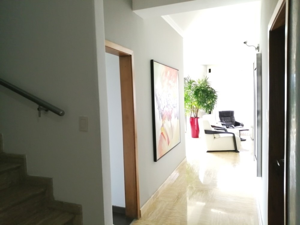 297m2 exclusivo apartamento urb. terrazas del country