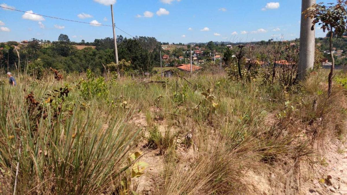 299 m² terreno em jarinu-sp doc. ok!  ac.veículos