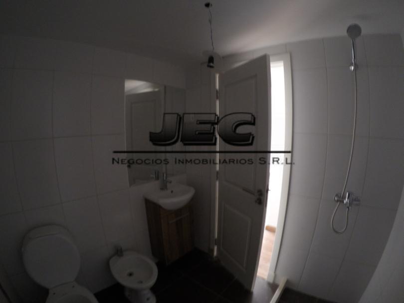 2dormitorios un baño gastos bajos vigilancia