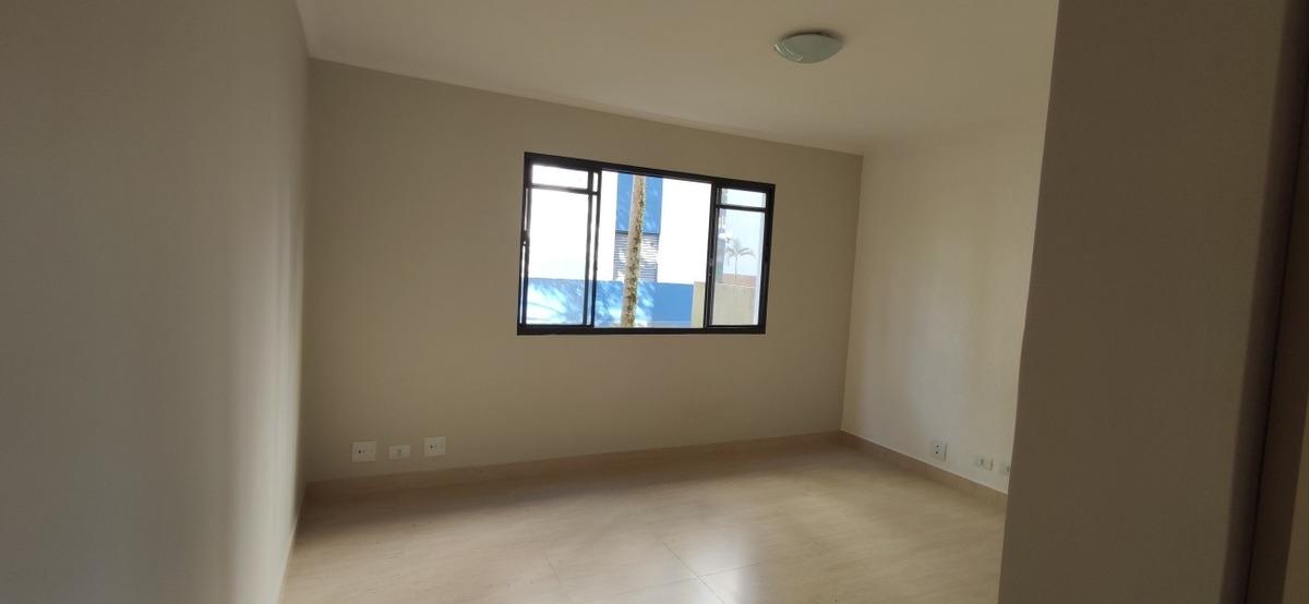 2dorm;sala;cozinha;banheiro;área serviços; 1 vaga de garag .