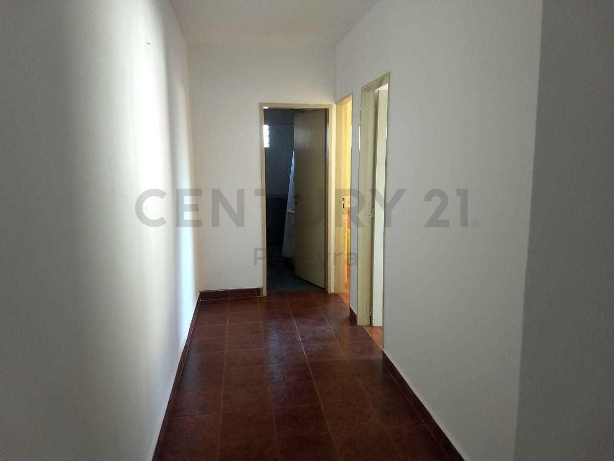 3 422 y 422 bis. departamento 2 dorm en venta, villa elisa