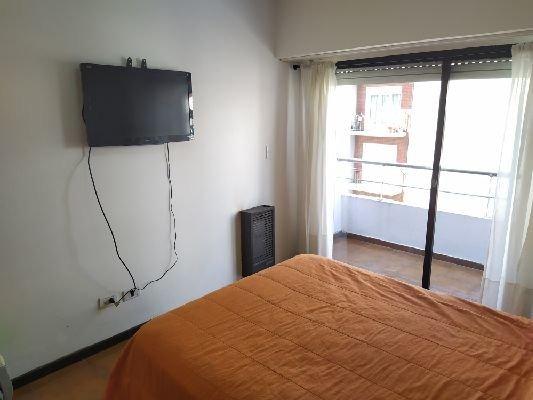 3 amb con terraza y parrilla - tv cable y wifi - disponible marzo 2020