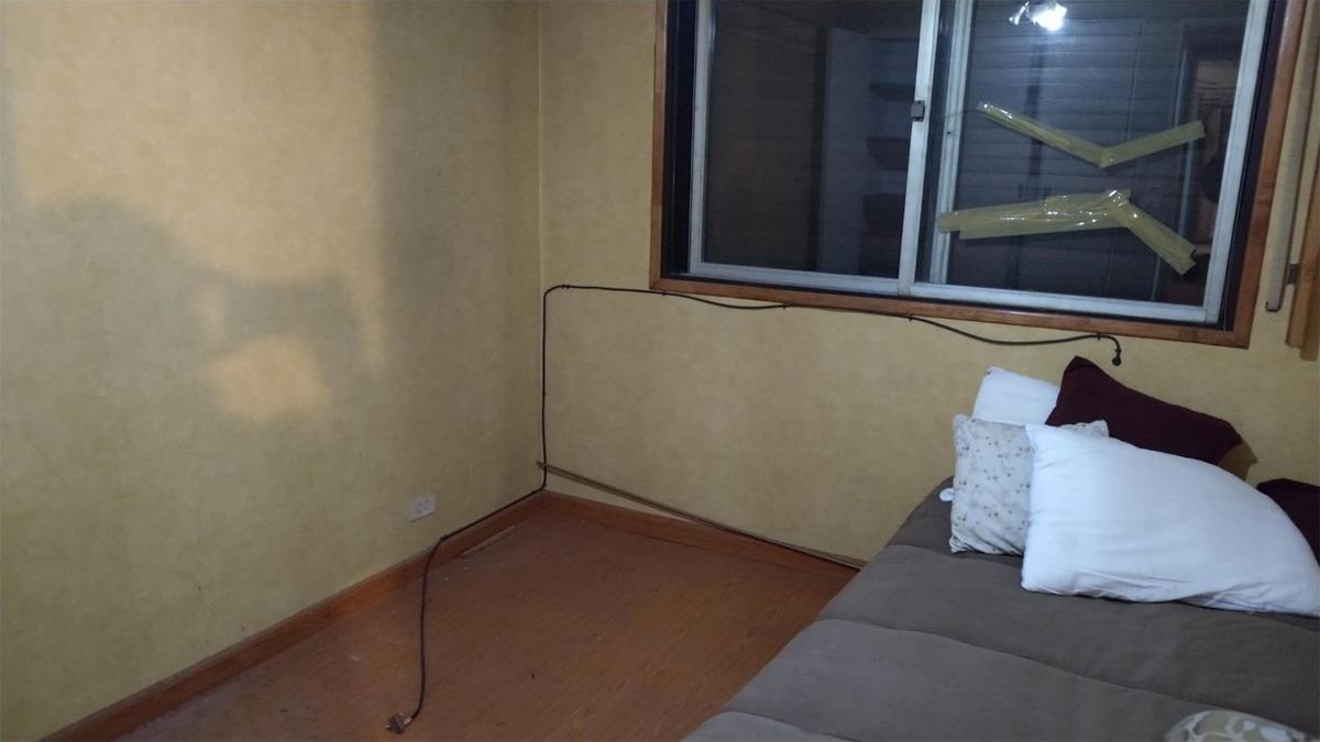 3 ambientes amplios al frente sobre avda. mitre 73 m2