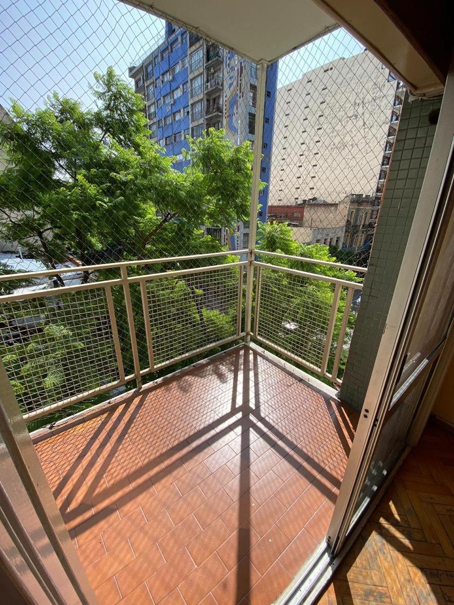 3 ambientes c/ balcon en corazon de villa crespo