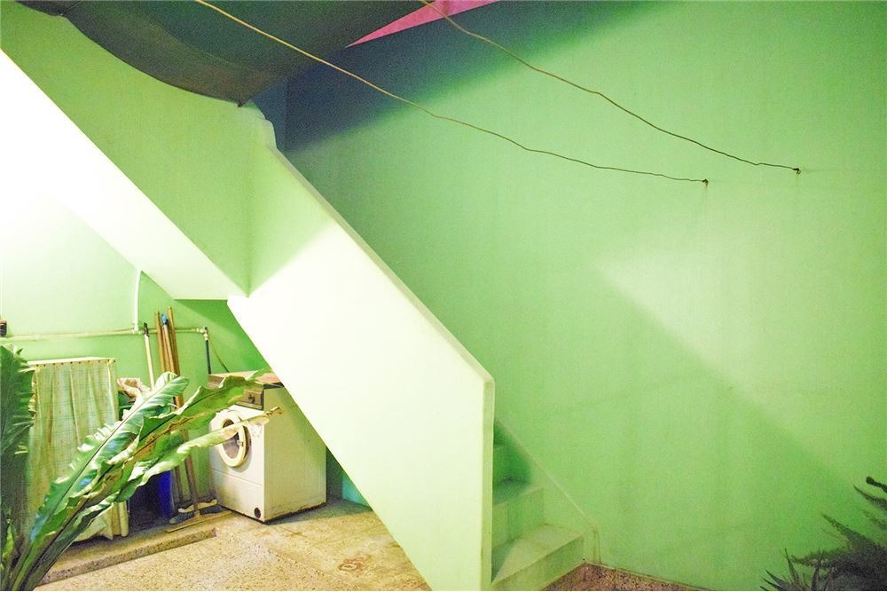 3 ambientes casa con galpón - cochera lanús oeste