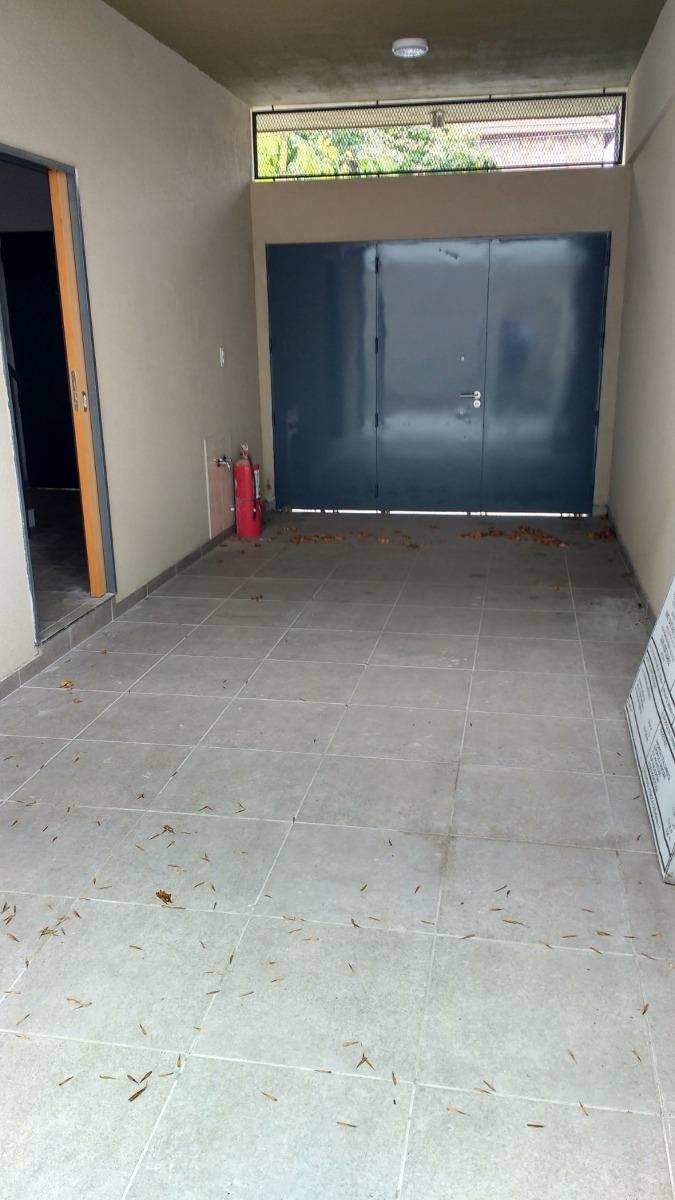 3 ambientes cochera patio s/expensas