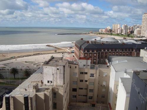 3 ambientes con vista al mar y cochera