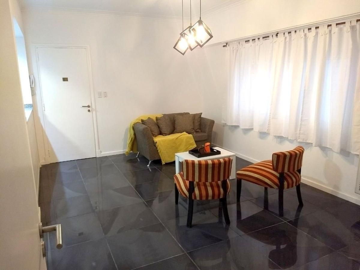 3 ambientes contrafrente totalmente reciclado con muy buen gusto y calidad!!