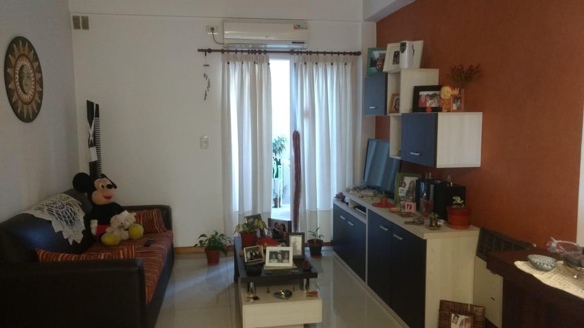 3 ambientes en venta con patio villa devoto