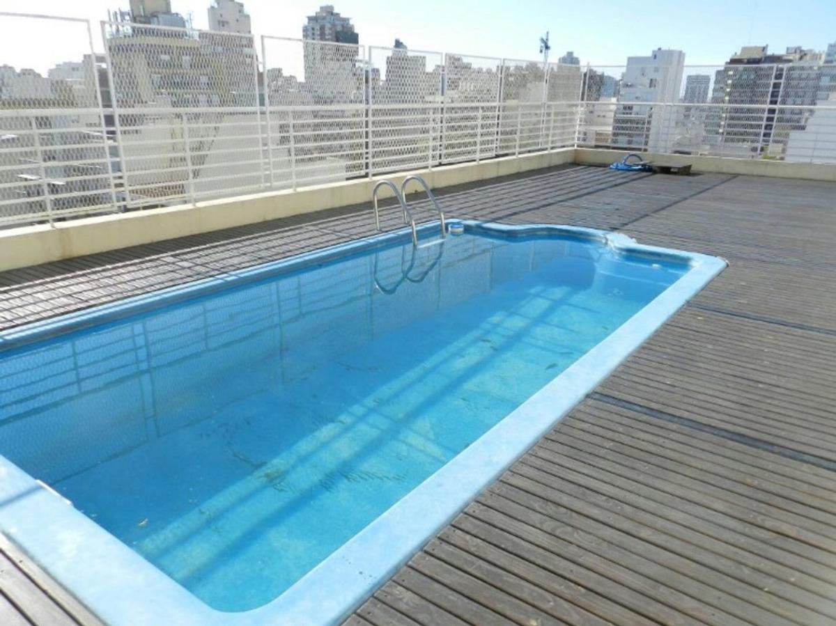 3 ambientes en venta ,  edificio townhouse , piscina .