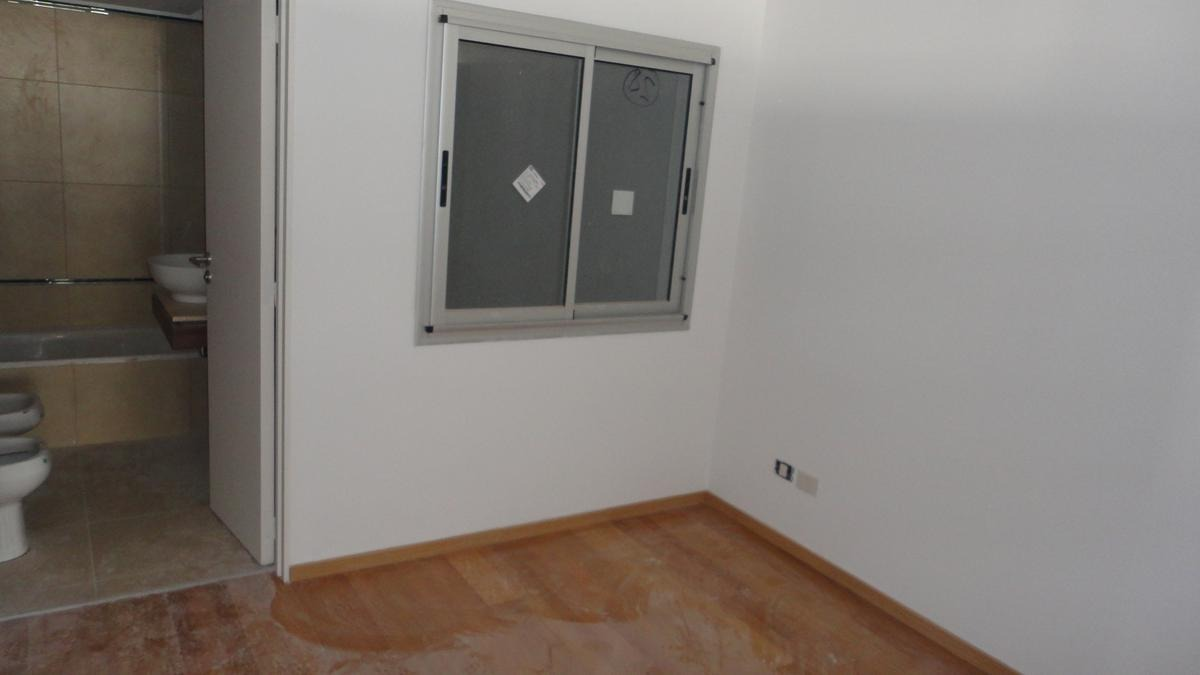 3 ambientes piso alto al frente! scalabrini y cabello