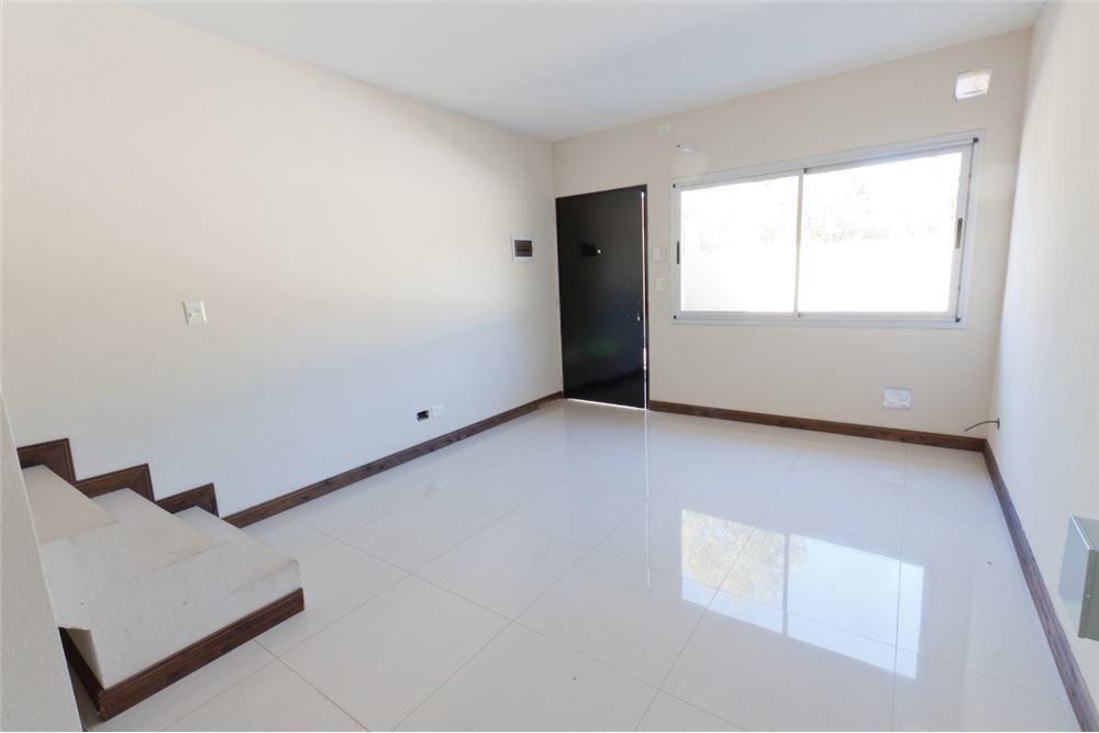 3 ambientes -triplex  con cochera y terraza propia
