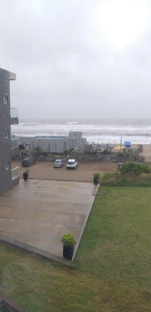 3 ambientes vista al mar cerca de todo