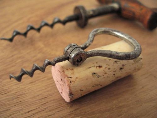 3 antiguos sacacorchos europa descorchador abrebotellas vino