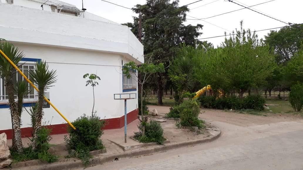 3 casas a la venta en villa bustos con gas natural a 100 metros de ruta 38. (c68)