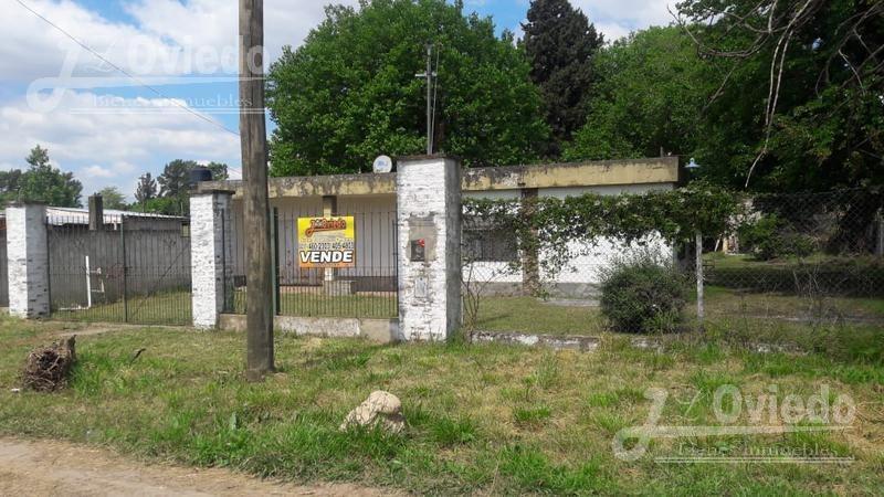 3 casas al precio de 1 en moreno zona muy tranquila