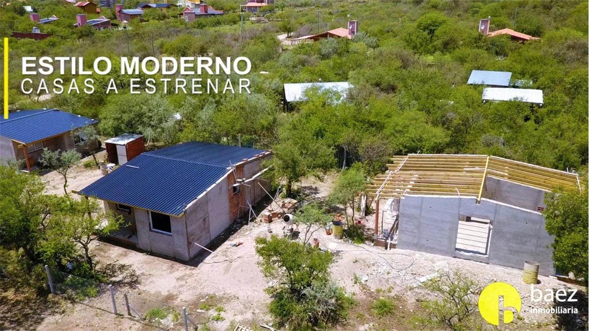 3 casas en carpintería en venta