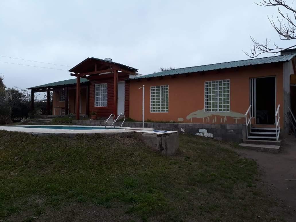 3 casas juntas a la venta en mirador del lago, bialet masse.(c43)