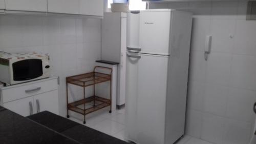 3 dormitórios, bem reformado, r$ 290.000,00