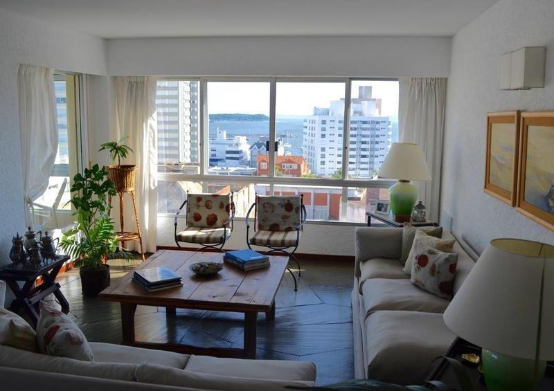 3 dormitorios | calle 23 (el corral)