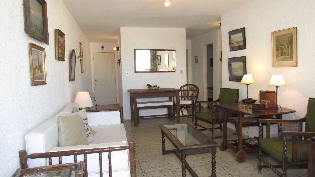 3 dormitorios   calle 24 (la mesana)