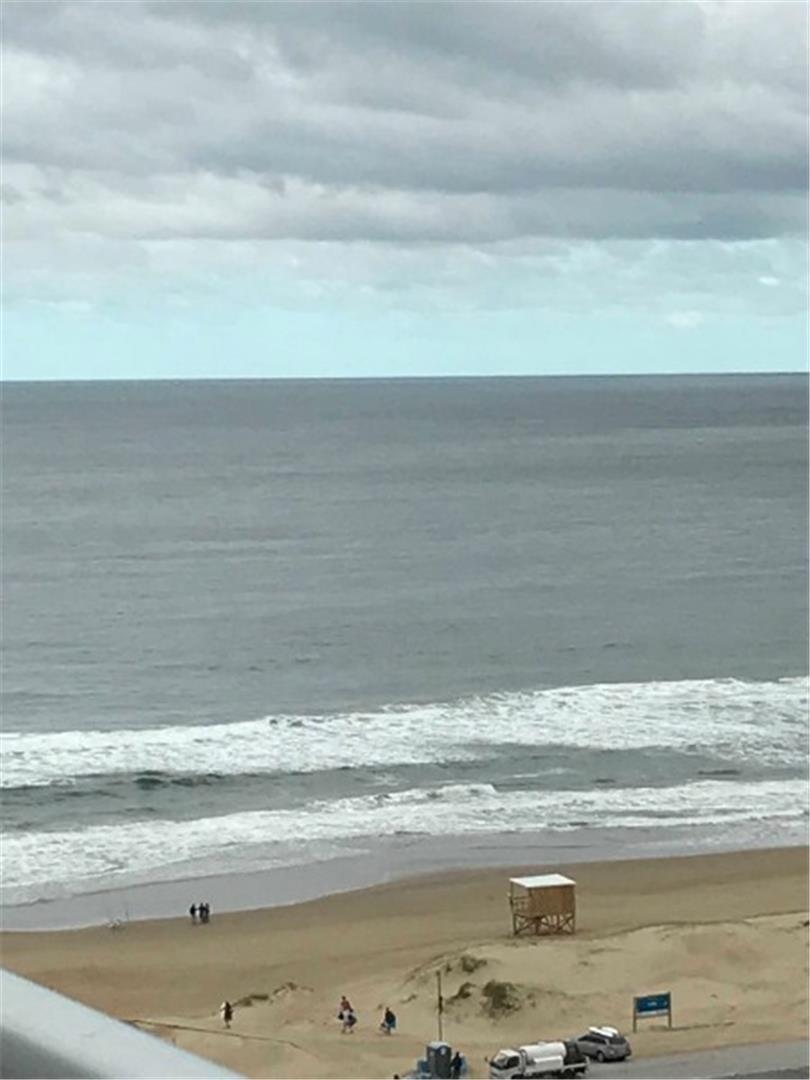 3 dormitorios c/cochera vista al mar punta del este
