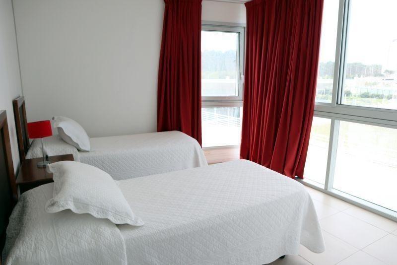 3 dormitorios + dep. | rbla lorenzo batlle pacheco