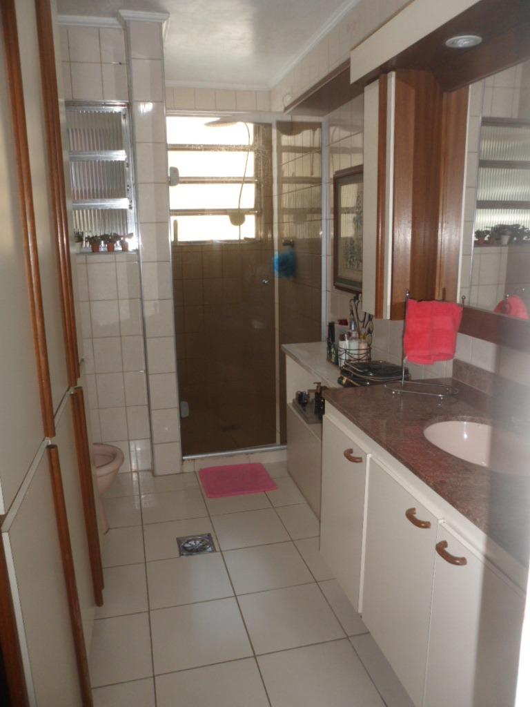 3 dormitórios na quadra da praia boqueirão - 822