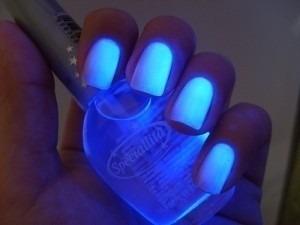 3 esmaltes fluorescente neon brilho no escuro