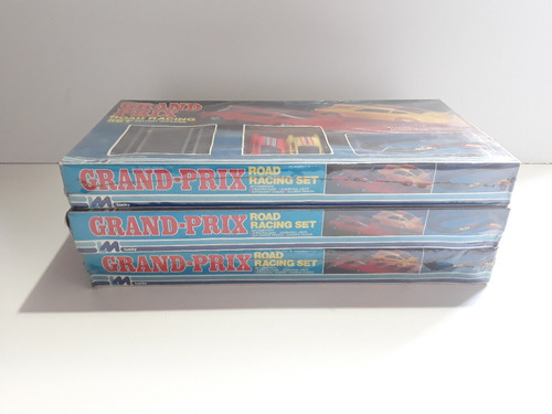 3 grand prix road racing set 1980 made in hong kong