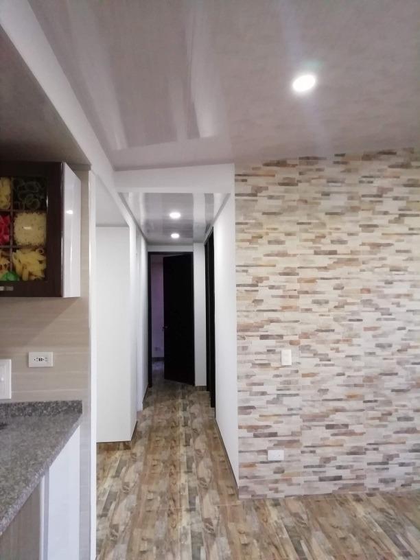 3 habitaciónes, sala comedor, 2 baños con closet cocina inte