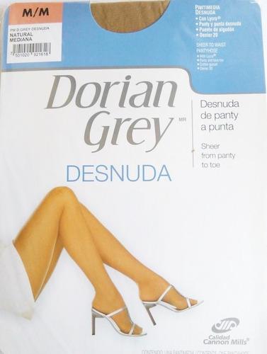 3 pantimedias dorian grey desnuda