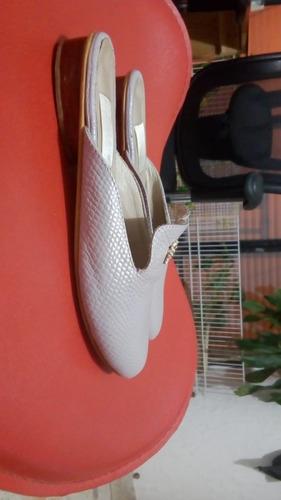 3 pares de zapato para niña
